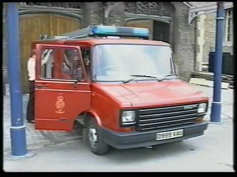 The Windsor Castle Fire 1992 - YouTube