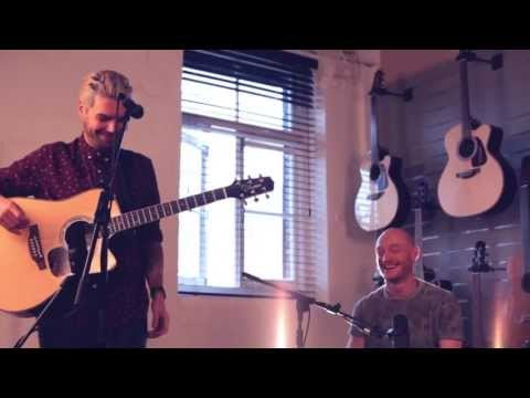 "Biffy Clyro - ""The Rain"" Live at Takamine Studios UK"
