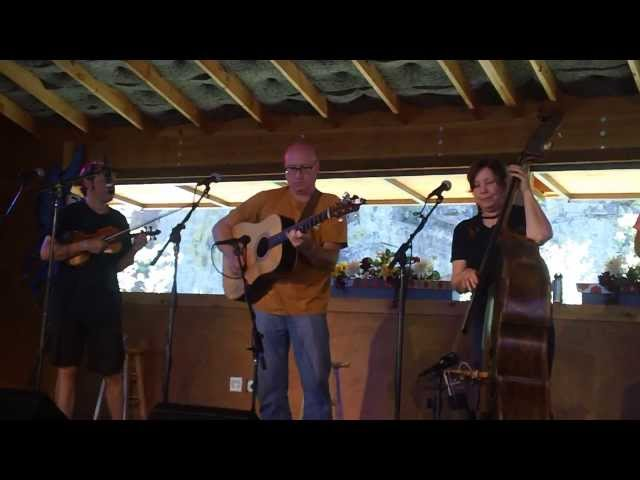 WHISTLING RUFUS: HELEN HIGHWATER STRINGBAND 07/23/13