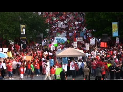 Students and Teachers Fight Education Cuts in North Carolina