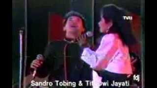 Sandro Tobing & Titi DJ - Merah Hitam Cinta Kita - FLPTN 1985