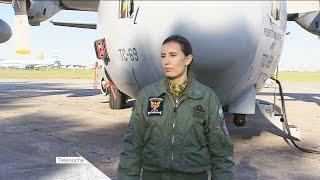 Mariela Santamaría, la única mujer argentina que pilotea un hércules