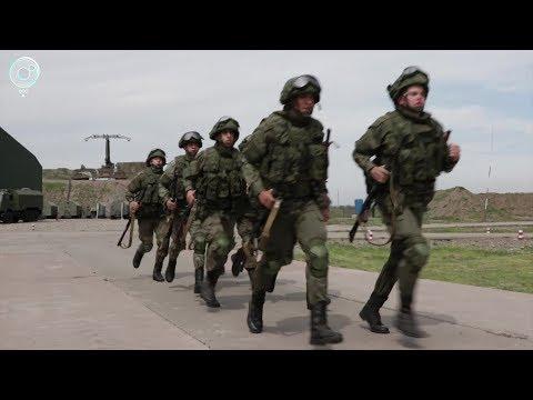 Военным-контрактникам в России существенно повысят зарплату