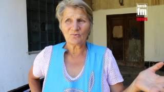 Возле керченской больницы на трубах умирает человек(Подробнее на http://Kerch.FM., 2016-09-09T14:35:05.000Z)