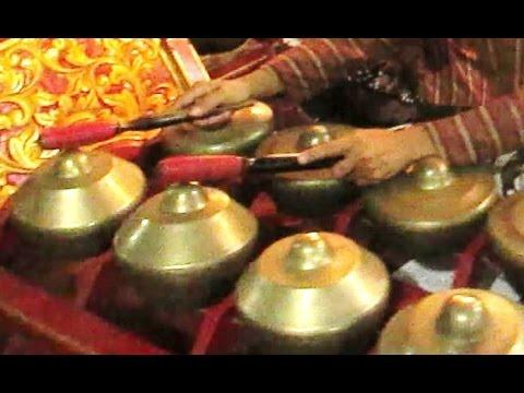 SINOM PARIJOTHO Nyamat - Javanese Gamelan Music - Wayang Kulit Purwa Ki Kinthil [HD]