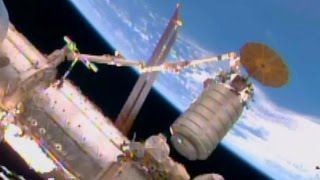 TIMELAPSE Cygnus OA-4 Berthing to ISS 8x