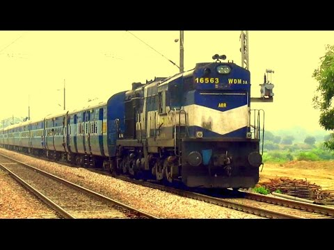 [IRI]  Abu Road Alco showing its power with Allahabad - Jaipur Super Fast near Agra