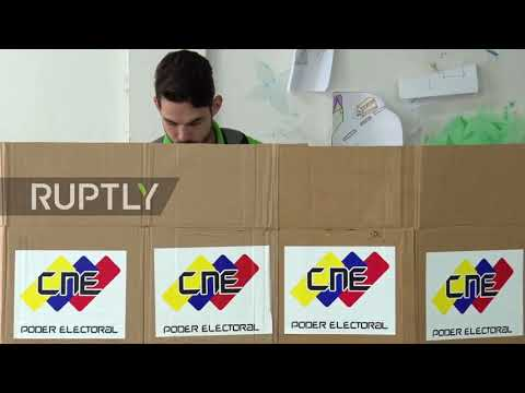 Venezuela: Voters head to the polls as Maduro seeks re-election