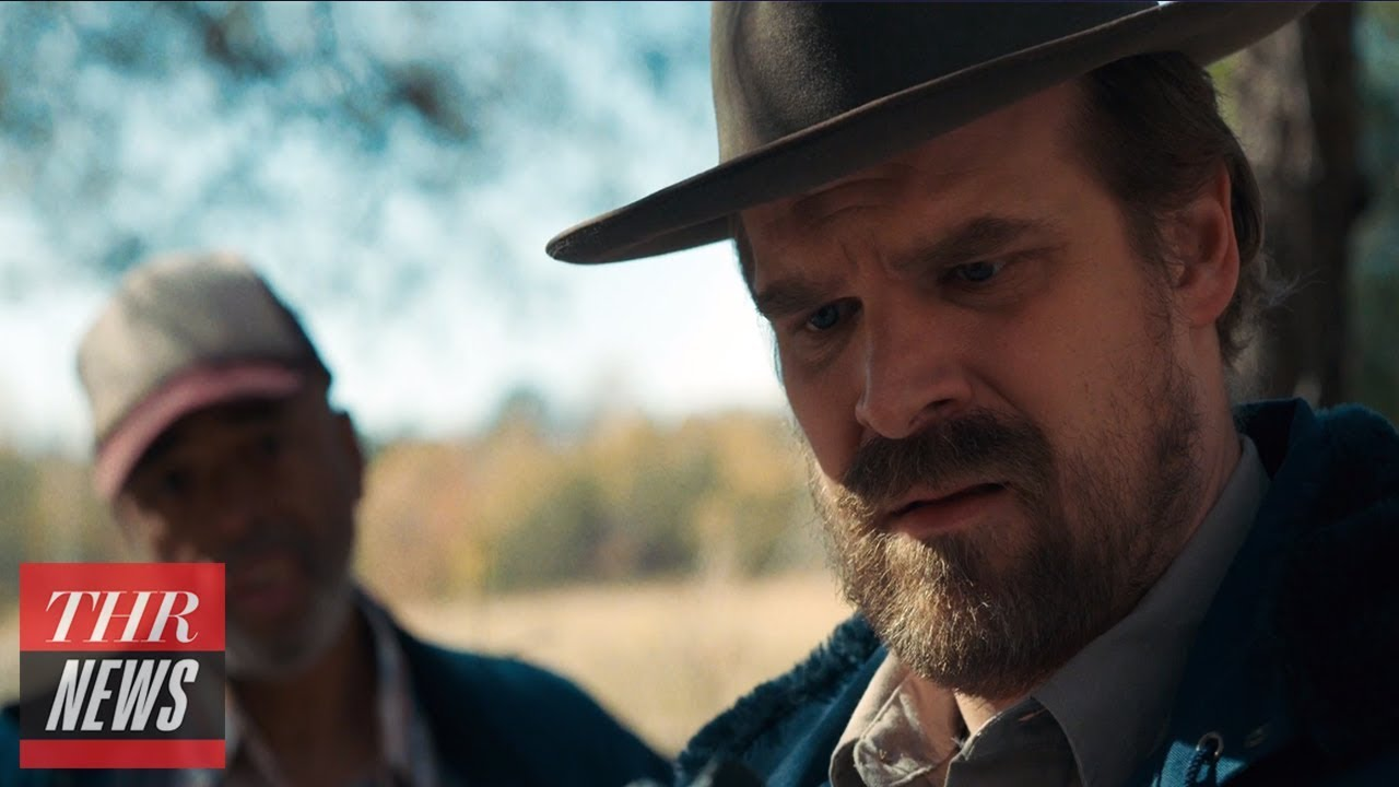 'Strangers Things' Season 3 to 'Take a Lot of Risks' -- According to David Harbour | THR News
