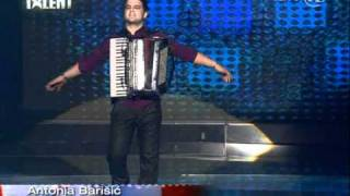 Repeat youtube video Supertalent Aleksandar (harmonika).mpg