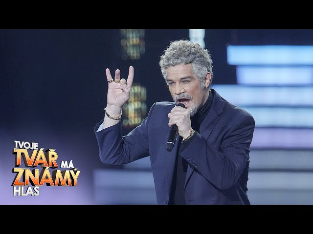 David Kraus jako Tom Jones –