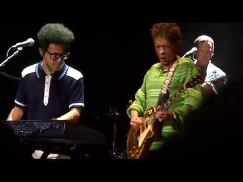 Brian Wilson - Blondie Chaplin - Wild Honey - Blue Hills Bank Pavilion