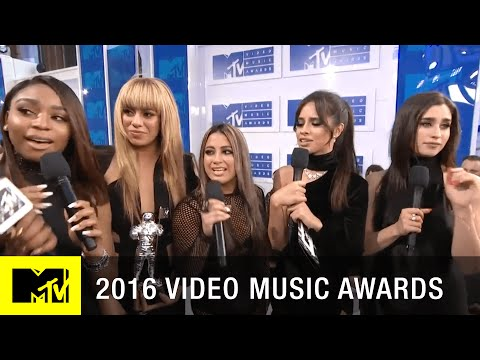 Fifth Harmony Wins Song of the Summer | 2016 Video Music Awards | MTV