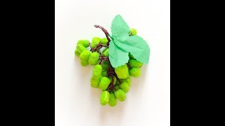 Fabriquer une grappe de raisin en papier. Make a bunch of grapes in paper.