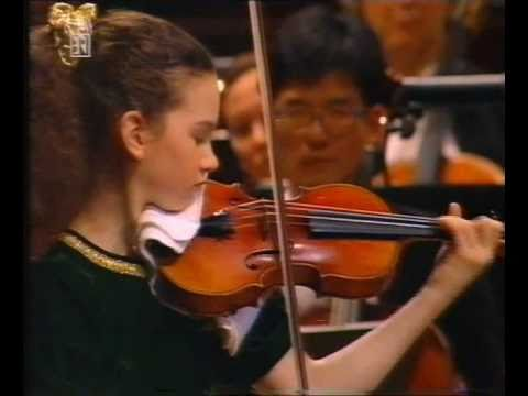 Hilary Hahn: Beethoven Violin Concerto (1/5)