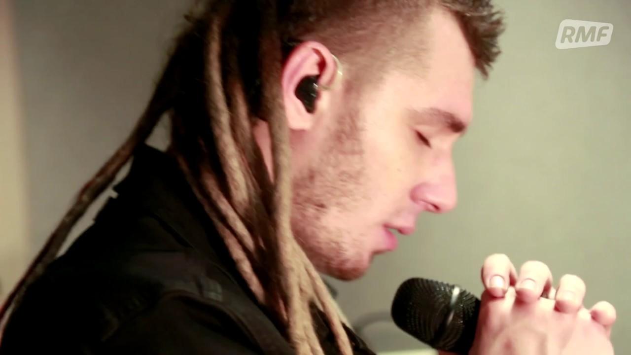 Kamil Bednarek – Talizman (Poplista Plus Live Sessions)