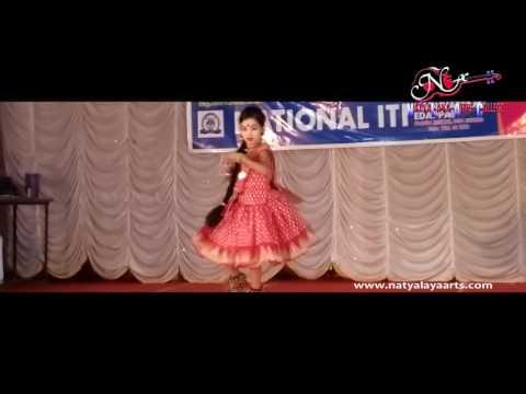 Edappal sub jilla kalolsavam 2016 Folk dance Vikatha kumaran