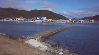 近所の海岸で いつもより若干風が強かったです 平沼紀久 土屋太鳳 隈研...