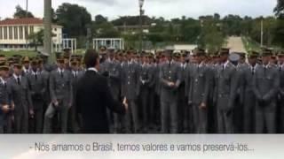 BOLSONARO É RECEPCIONADO POR ASPIRANTES DA AMAN (NOV/2014)
