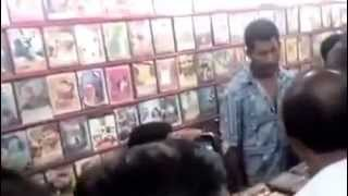 Kaththi Poojai ThiruttuVCD Caught by Actor Vishal