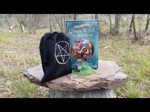 Обзор колоды The Green Witch Tarot (Таро Зелёной Ведьмы).
