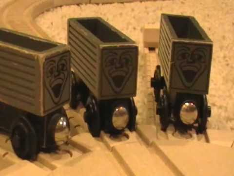 Grey Troublesome Trucks Review Thomas Wooden Railway Discussion 34