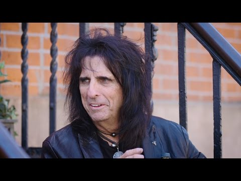 Talk Stoop Featuring Alice Cooper
