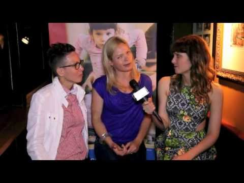 KATIE CHATS: M4AM, ELVIRA KURT & MEGAN FAHLENBOCK, COMEDIANACTORS, MINGLE FOR A MISSION