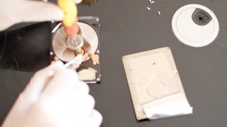 بالفيديو..كيف تصلح القرص الصلب الذي يصدر صوت مزعج ولايتعرف عليه الحاسوب