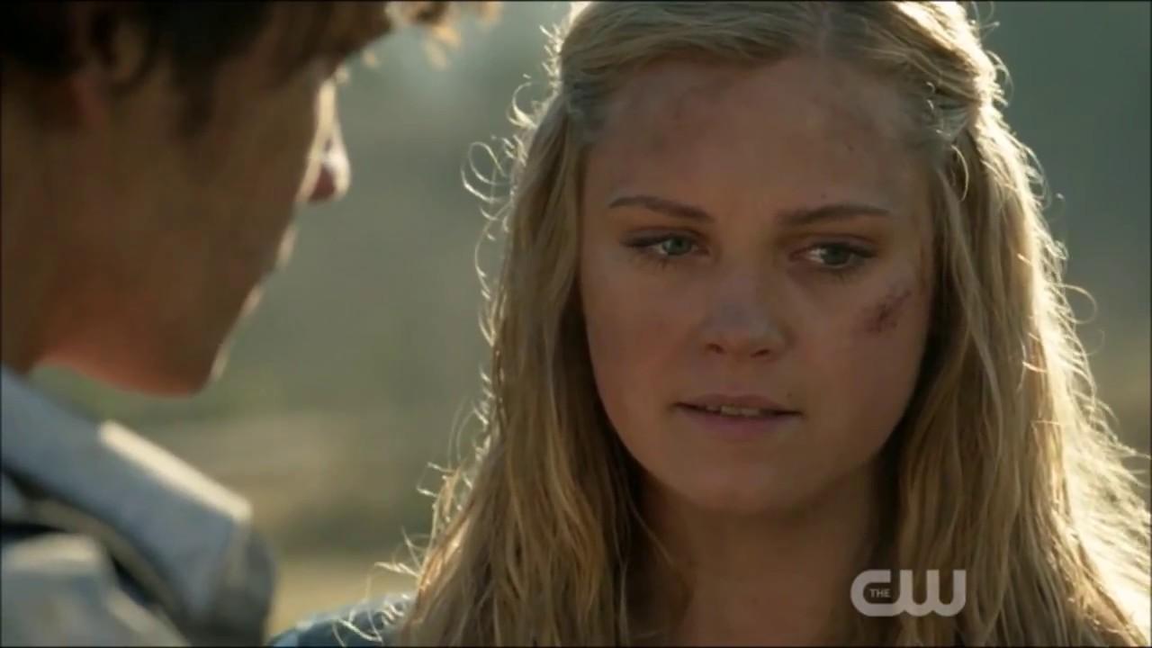 Clarke Kisses Bellamy The 100 Knocking On Heavens Door