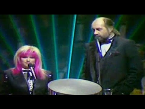 Embarrassing 80's - Brit Awards 1989