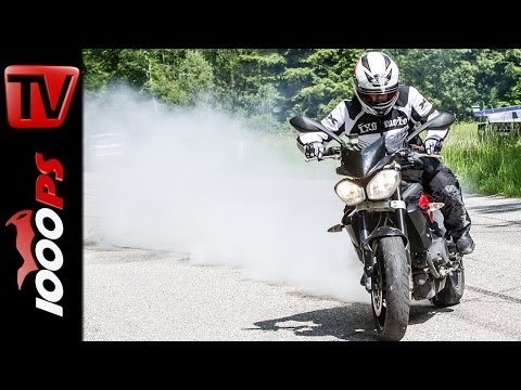 Triumph Street Triple R - Test | 5 Meinungen - 1 Bike | Stunts, Action, Sound