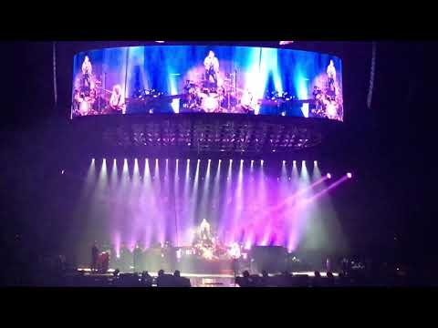 Queen + Adam Lambert - I Want To Break Free - Perth Arena, Perth