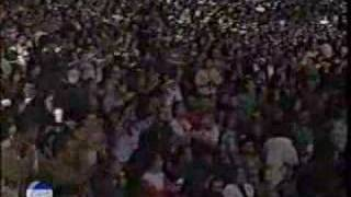 Performed at Vina Del Mar in 1996.
