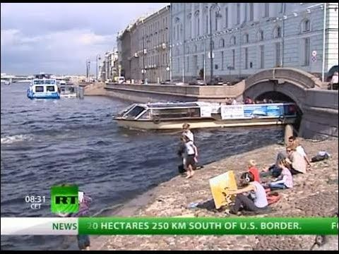 Moscow OUT - Saint Petersburg IN: Rivers and Canals
