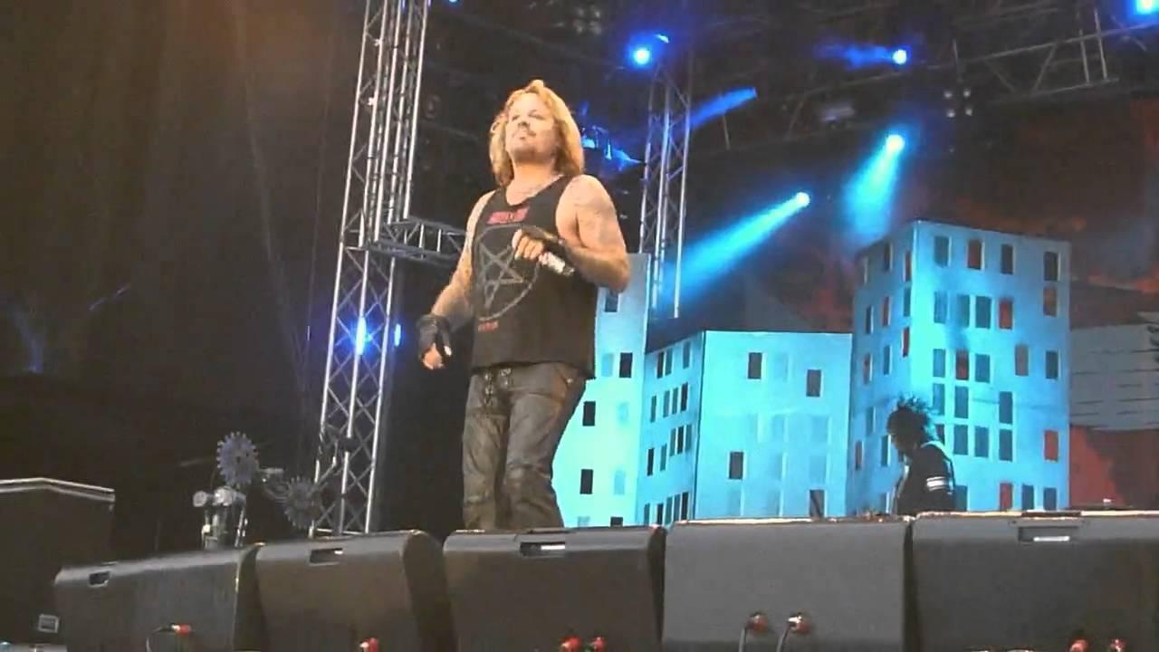 Mötley Crue - Live Wire@Sonisphere Sweden 2010-08-07 - YouTube