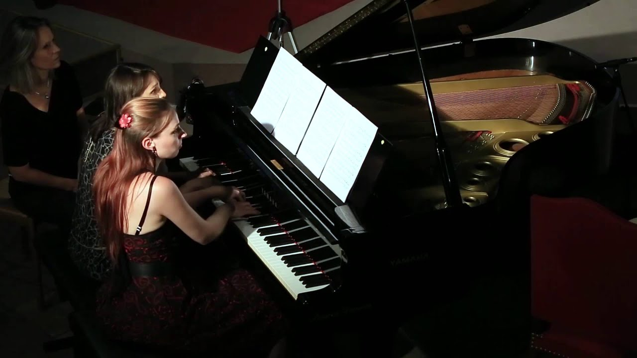 Brahms danse hongroise n 1 piano quatre mains youtube for Dans hongroise n 5