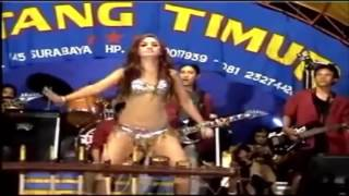Video Titin Kharisma goyang kenthu monitor ★ Dangdut Koplo Hot ★ Cinta Gila download MP3, 3GP, MP4, WEBM, AVI, FLV Agustus 2017