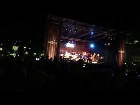 Nacht van de Kaap 2017, Brigitte Kaandorp zingt van Feyenoord