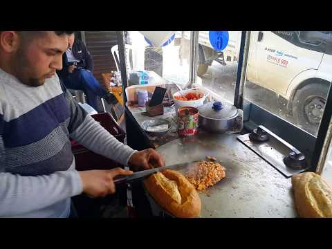 Adana'ya özgü Tostçu Mahmut Karışık Tost