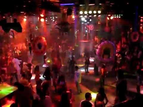Help disco rio de janeiro carnival 2007 youtube for Miroir nightclub rio