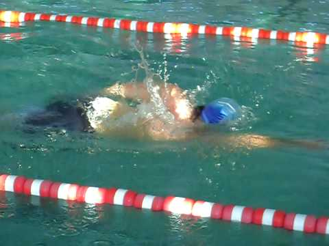 Hichau piscine mostaganem alg rie youtube for Piscine algerie