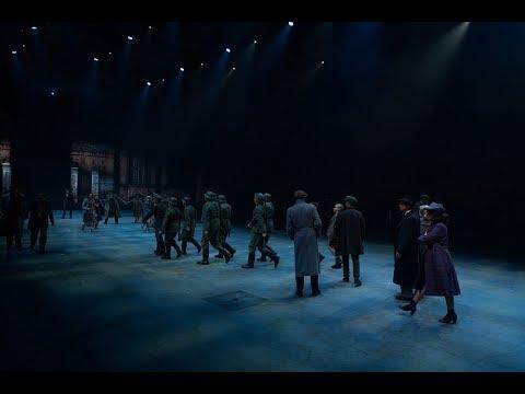 De eerste 10 minuten van de Spektakel-Musical 40-45