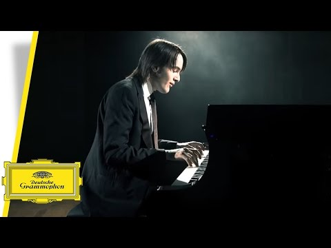 Daniil Trifonov - Prelude No. 9 in E major - Chopin (Official Video)