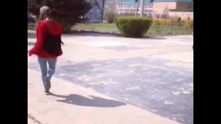 Девушка танцует DAG_Dance