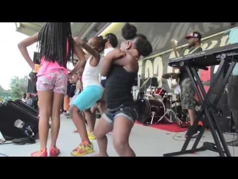 13 year old girl twerking newhairstylesformen2014 com 3 year old twerk hostzin com music search engine