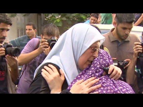 CNN camera captures airstrike in Gaza