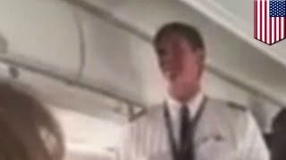 Embarrassing plane accident: Delta pilot accidentally locks himself out of cockpit