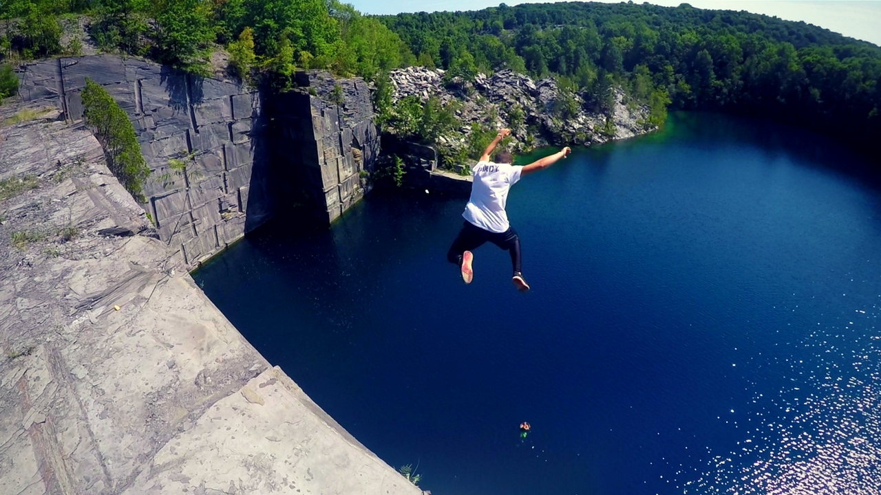 EXTREME CLIFF JUMPING | Pennsylvania