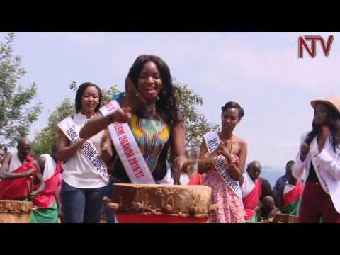 Cultural shock as East African beauty queens try beating Burundi traditional drums
